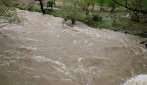Опасно покачване на нивата на реките Струма и Места