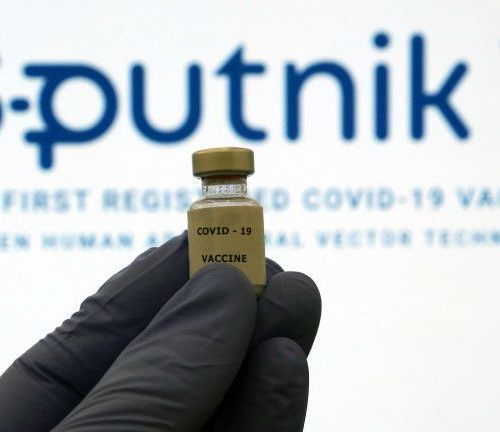 Депутатите не задължиха правителството да преговаря за доставки на руската ваксина Спутник V