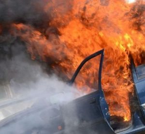 Кола пламна по време на движение във Видинско