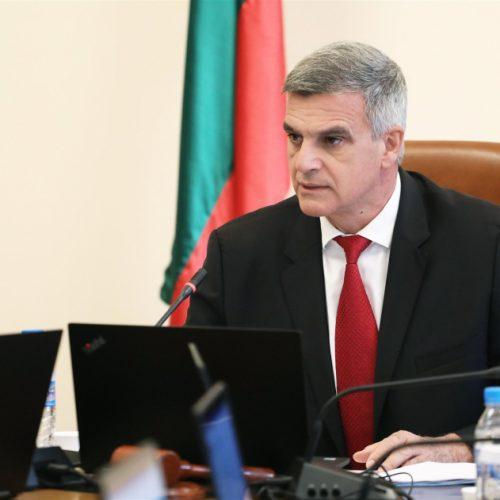 Янев: Гражданите имат право да знаят кой определя приоритетите и постовете в потенциалния нов кабинет