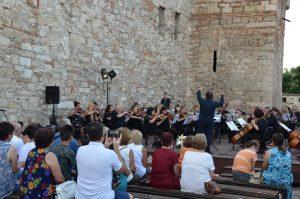"""Десетият фестивал на изкуствата """"Дунавски вълни"""" отново преобразява Видин"""