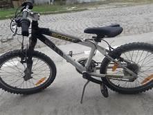 9-годишно дете открадна велосипед в Лом
